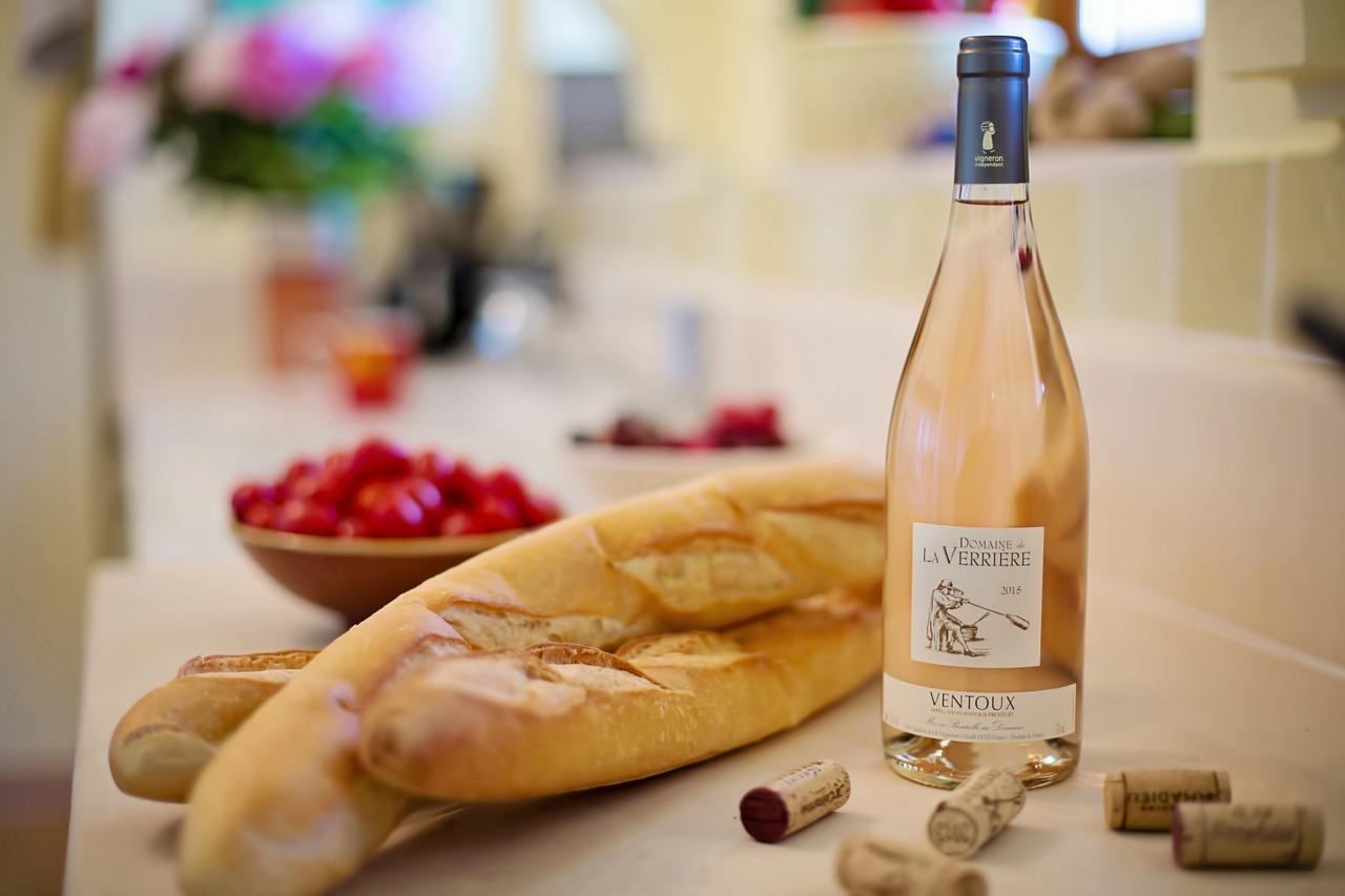 Vinný speciál: Jak se vyrábí růžové víno?